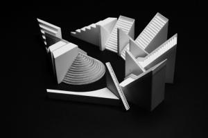 Gae Aulenti, Luca Ronconi, Cinq conteneurs pour la pièce Utopia, 1974-1975
